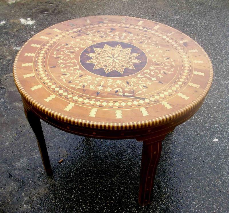 Tavolini orientali idee per il design della casa - Mobili marocchini ...