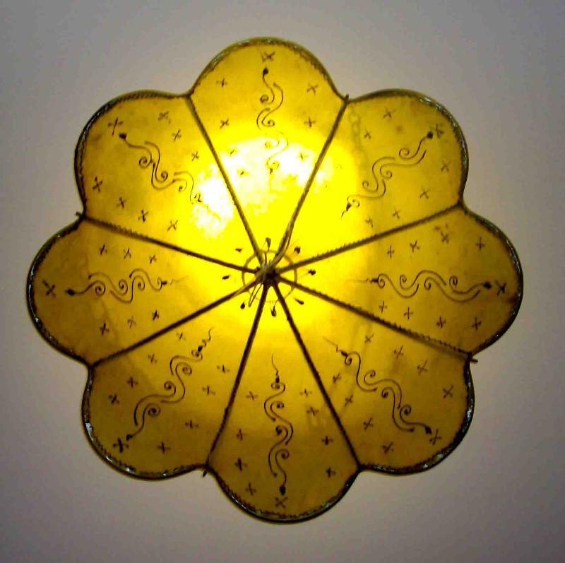 Lampadario marocchino illuminazione lampadari di for Lampadario ventaglio