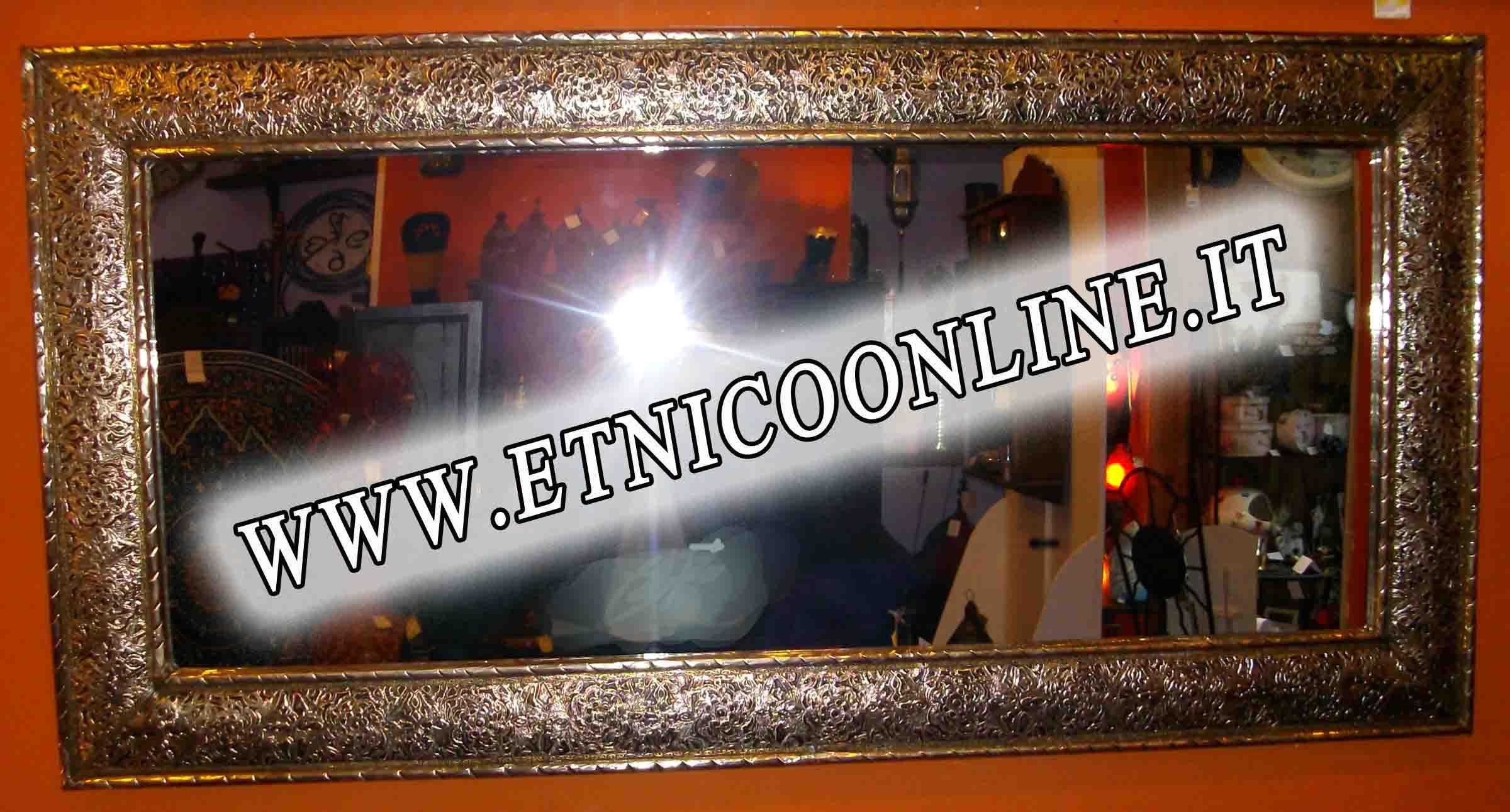 Specchi di articoli e prodotti etnici, marocchini e orientali