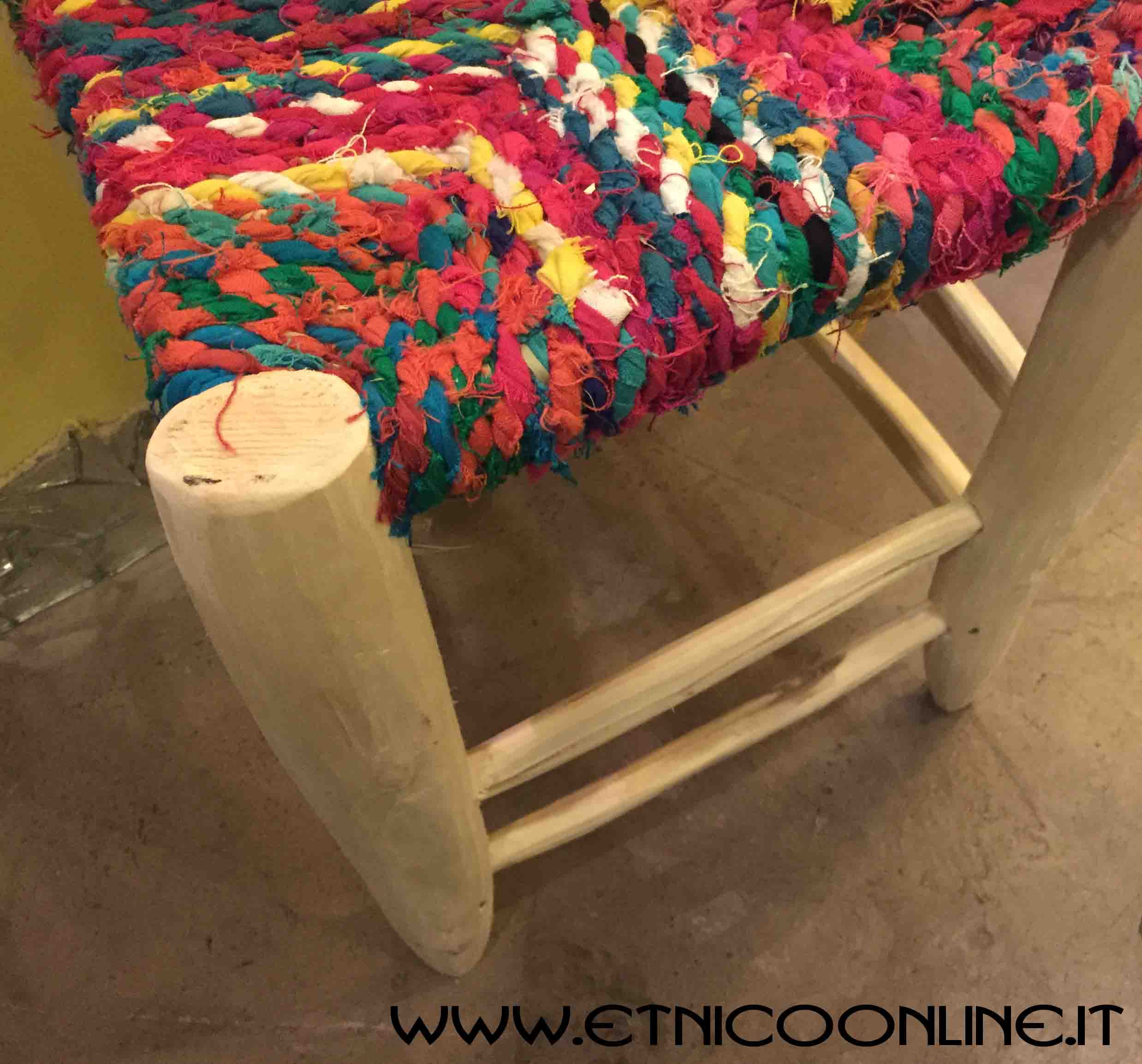 Sgabello colorato mobili e complementi mobili marocchini in legno di artigianato vulcano - Mobili marocchini ...